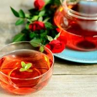 美容効果に期待!自分のために飲みたい美人になれる「お茶」3選