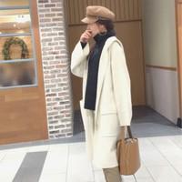 時尚女性矚目中♡著迷於現在買就能用到春天的「水桶包」♪