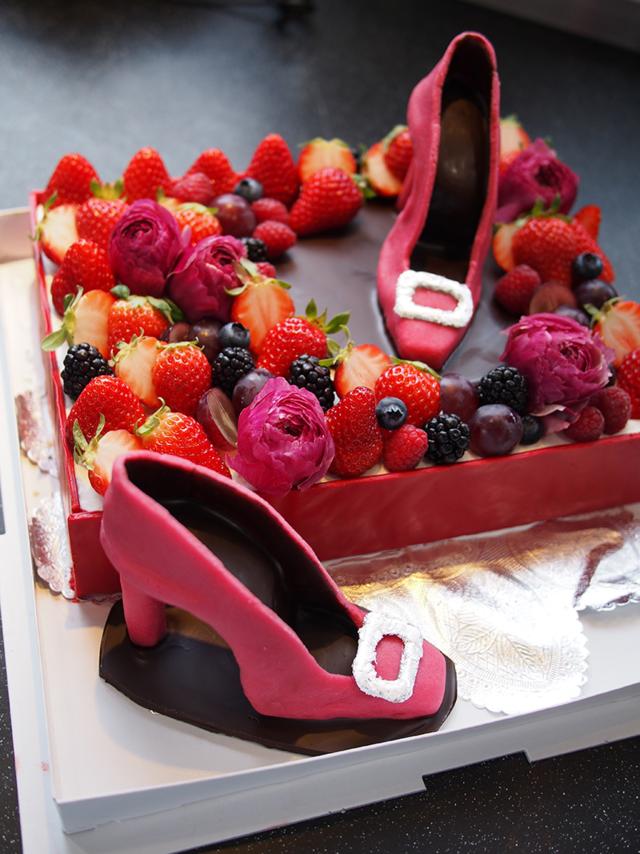 サイタブリアフードラボのケーキ