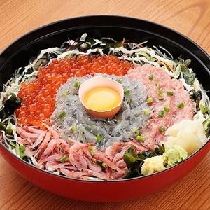 江ノ島グルメといえば!「生しらす丼」が美味しいオススメ店4選