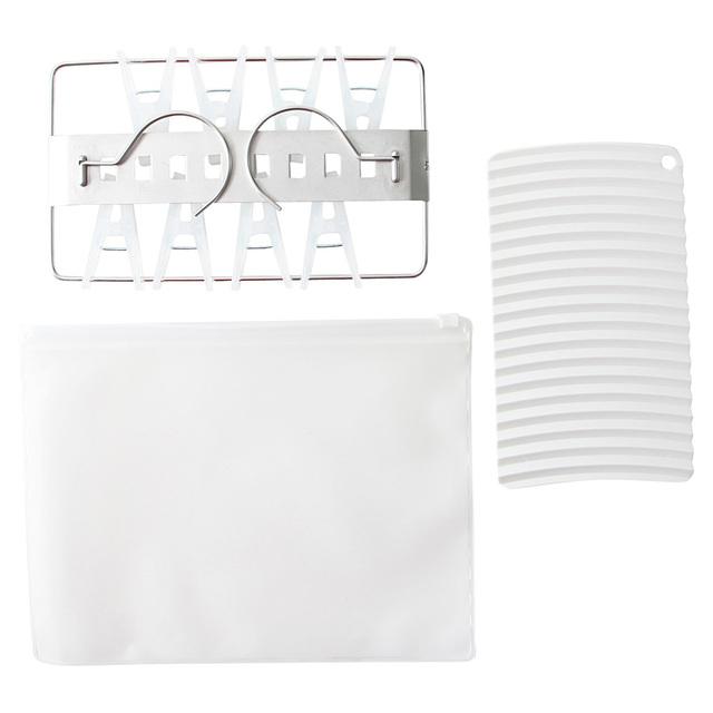 無印良品の携帯用ランドリーセット 洗濯板・ミニ角型ハンガー