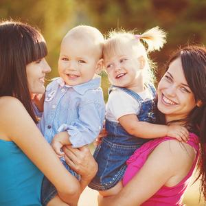 自然とみんなに好かれる!素敵な人気ママになれる《6つの行動》