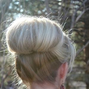 いつものひとつ結びヘアをアレンジ♡華やか《逆りんパ》スタイル