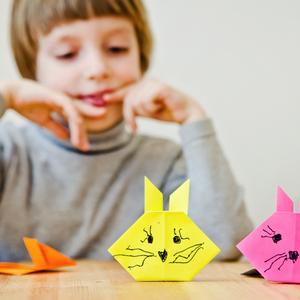 ダラダラスマホはさせたくない…!子供の創作意欲がわくアプリ3選♡