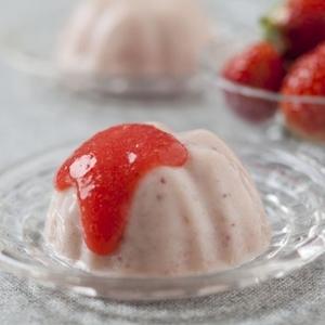 甘酸っぱい苺がたっぷり♡可愛いスイーツのレシピ4つ
