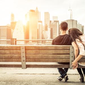 【夫婦のお悩みQ&A】夫と手をつなぎたい……照れずに誘う秘策とは