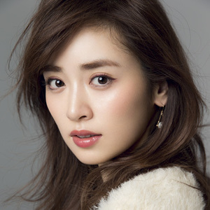 大人可愛い♡人気モデル「泉里香さん」のナチュラルな魅力とは?