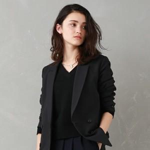 ママの入学式ファッション《着まわせる》ブラックスーツの選び方