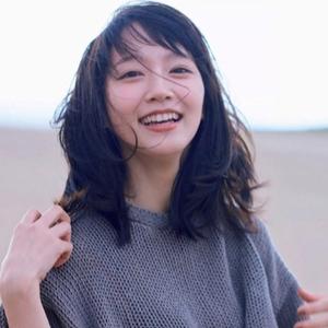 ついにWEARデビュー!吉岡里帆さんの大人カジュアルな着こなし♡