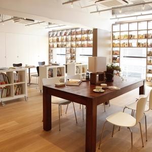 大人の隠れ家♡落ち着いた空間のカフェ「brisa libreria」がオススメ!