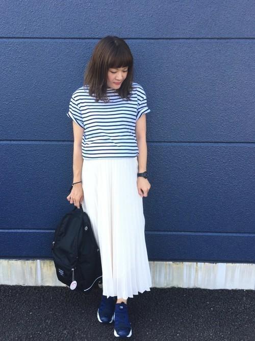 UNIQLOのプリーツスカートを使ったコーデ