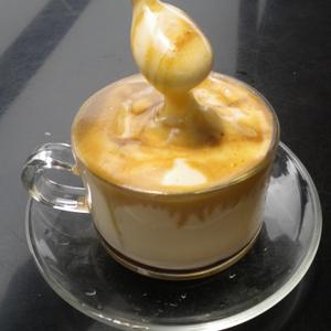 コーヒーに卵?!ふわふわでまろやかな「エッグコーヒー」とは♡
