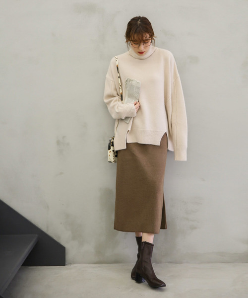 select MOCAのニットタイトスカート