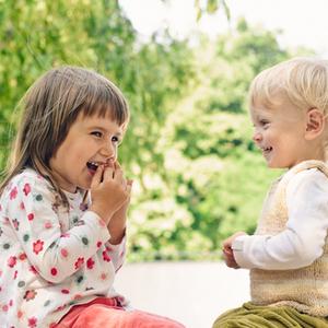 他の子どもと比べるのはいけないこと?ハッピーになれる育児のコツ