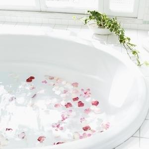 """ゆっくり浸かれないママこそ """"入浴剤"""" で効率的な入浴を♡"""