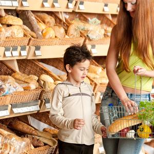 子どもに食べさせているそのパンは大丈夫?「イーストフード」とは
