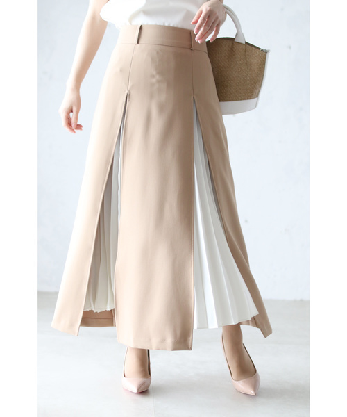cawaiiのスリットから魅せるプリーツのAラインスカート