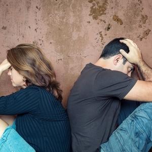 夫と気まずくなった時、どう話し合いする?《夫婦喧嘩の仲直り方法》