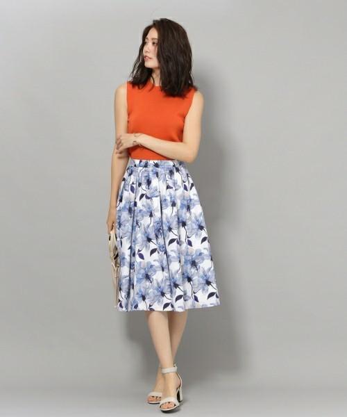 Andemiuのフラワータックギャザースカート