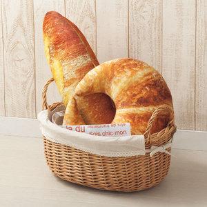 モチモチ触感が気持ちいい♡ニトリの「パン型クッション」が大ヒット中