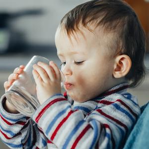 """子どもにも安心♡水のプロに聞いた""""美味しい水の3つの条件"""""""